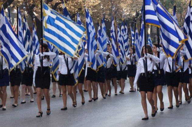 Στέλιος Πέτσας: Ακυρώνονται οι παρελάσεις της 28ης Οκτωβρίου