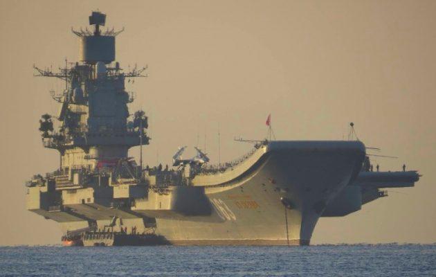 Ναύαρχος Κουζνέτσοφ: Συνιστά απειλή για το ΝΑΤΟ το ρωσικό αεροπλανοφόρο;