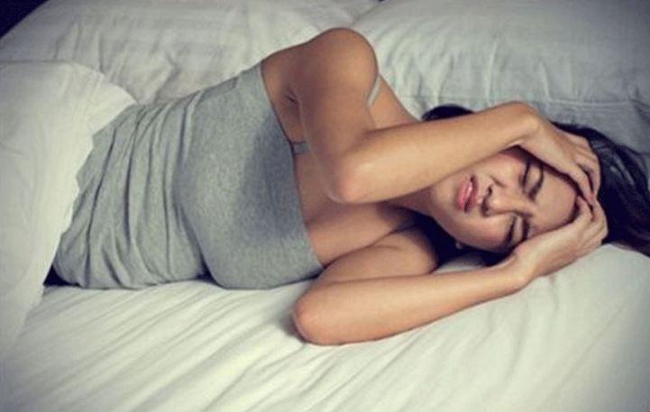 Γιατί ξυπνάτε με πονοκέφαλο;