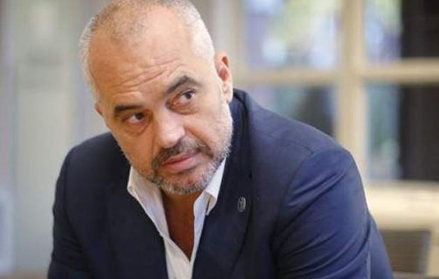 Ο Έντι Ράμα το παίζει «σκληρός» και λέει στην Ελλάδα ότι δεν θα είναι «υπάκουος»