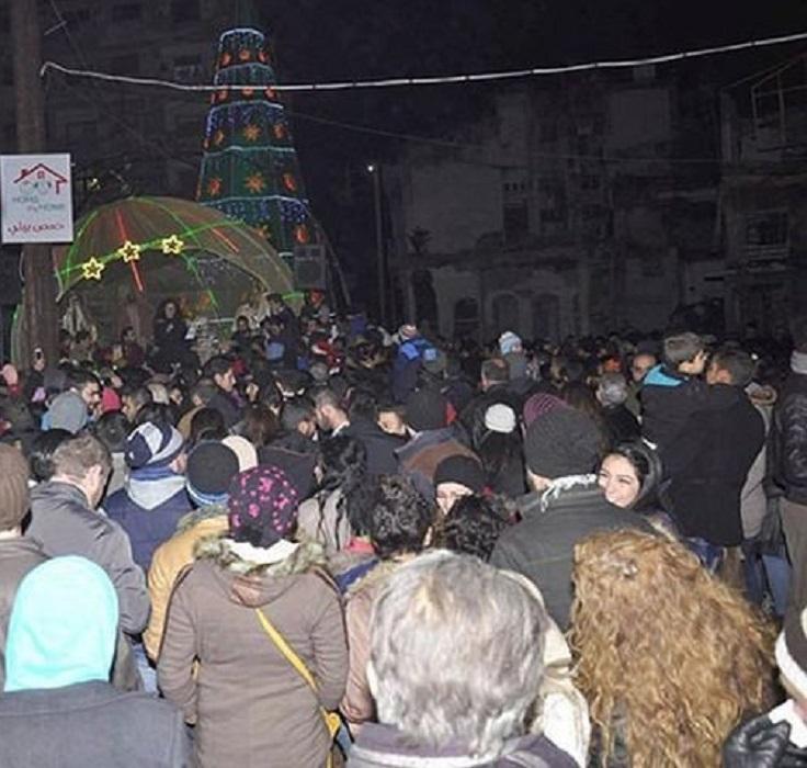 Οι Χριστιανοί στο Χαλέπι και στο Χομς γιορτάζουν τα Χριστούγεννα