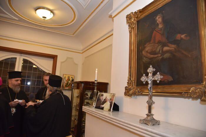 Η φωτογραφία που δεσπόζει στην Αίθουσα του Θρόνου της Μητροπόλεως Βελγίου (ΦΩΤΟ)