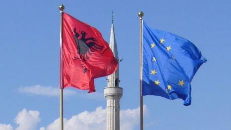 Ανήσυχοι οι Χριστιανοί της Αλβανίας…