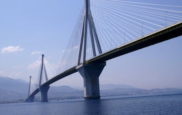 Βρέθηκε η 31χρονη που πήδηξε από τη γέφυρα στο Ρίο