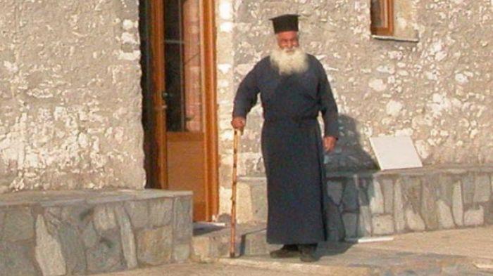 «Έφυγε» ο παπα-Θανάσης στα Καλύβια Ελασσόνας