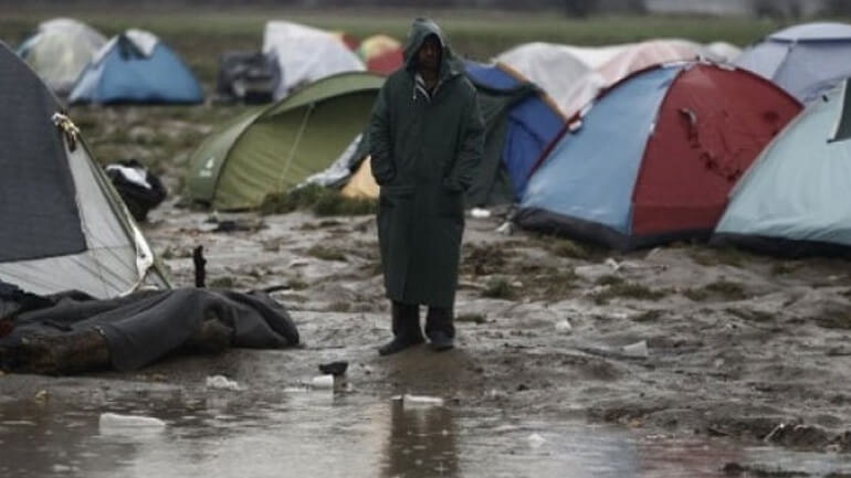 «Πρόσφυγες και μετανάστες πεθαίνουν από το κρύο στην Ευρώπη»