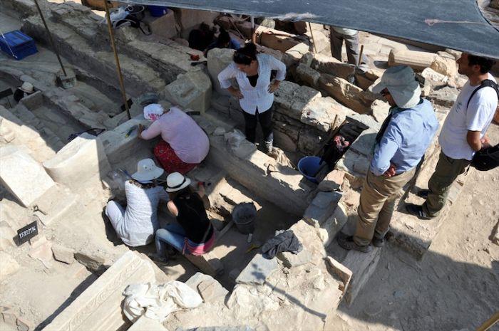 Βρέθηκαν 65 τάφοι της βυζαντινής περιόδου