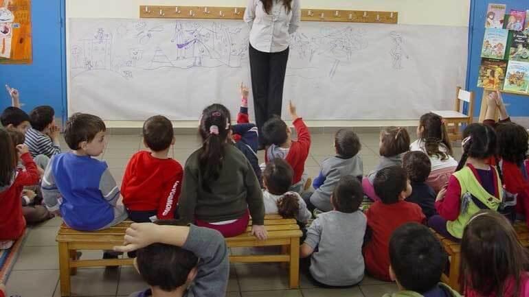 Μασόνοι στο Παιδαγωγικό Ινστιτούτο, κάντε τα σπίτια σας Κρυφά Σχολειά (βίντεο)