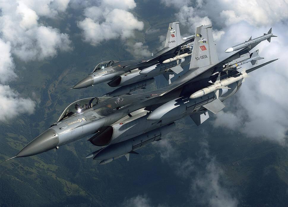 Τρεις παραβιάσεις από οπλισμένα τουρκικά αεροσκάφη