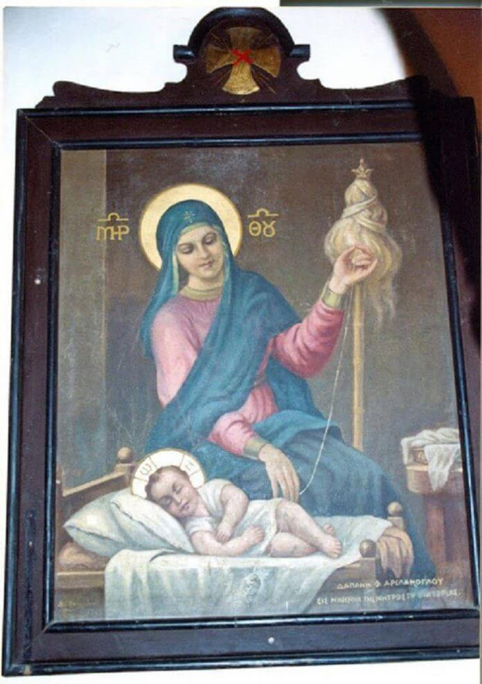 Μια σπάνια εικόνα της Παναγίας Μητέρας του Κυρίου να Τον κανακεύει σαν μωρό και να γνέθει για να Του πλέξει ρουχαλάκια (ΦΩΤΟ)