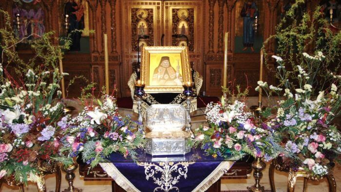 Ο Βόλος υποδέχθηκε το Ιερό Λείψανο του Αγίου Λουκά του Ιατρού