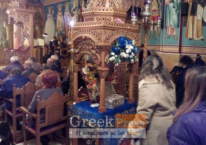 Τελευταία μέρα προσκύνησης των Ιερών λειψάνων του Αγίου Λουκά του Ιατρού στον Ι.Ν.Αγ.Γεωργίου Πανοράματος (Φωτο)