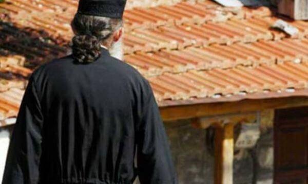 Οι μισθοί των Ιεραρχών και τα προβλήματα των Ιερέων