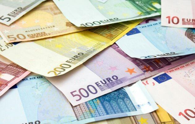 Διέγραφαν πρόστιμα εκατομμυρίων για φοροδιαφυγή «βαρόνων»