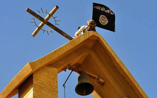 Το ISIS ορκίζεται να σφάξει τους «άπιστους» Χριστιανούς
