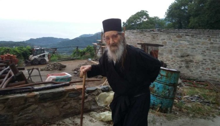 Εκοιμήθη o Γέροντας Νικόδημος του Ι. Κελλίου Αγ. Γεωργίου Σκουρταίων στην περιοχή των Καρυών Αγίου Όρους