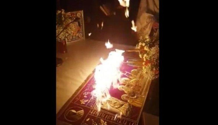 Άφεση αμαρτιών στον Ιερέα της Θεσσαλονίκης με το Αγιο Φως από τον Μητροπολίτη Θεσσαλονίκης