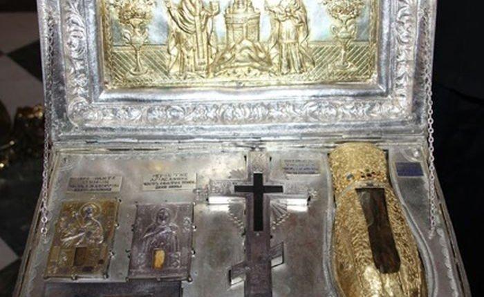 Βύρωνας: Έλεύση από την Ι. Μ. Σίμωνος Πέτρας του Αγιωνύμου Όρους, του Αγίου και Ιερού Λειψάνου της αριστεράς χειρός της Αγίας Μαρίας της Μαγδαληνής, και τεμάχους του Τιμίου Ξύλου