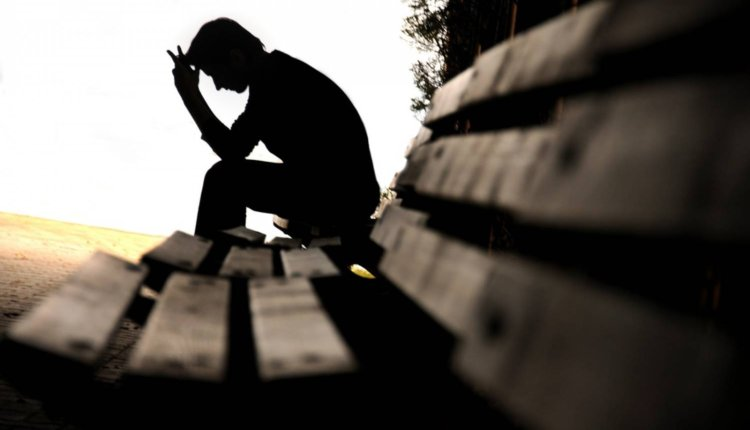 Αυτοκτονία: Όχι στο δαίμονα της απελπισίας!