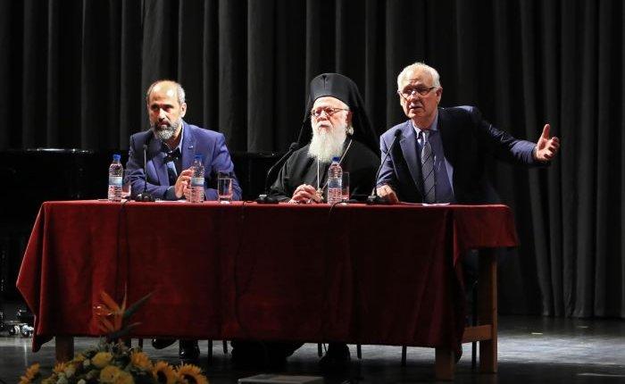 Αλβανίας Αναστάσιος: «Υπάρχει σπορ ποιος θα πει το πιο πονηρό ψέμα»