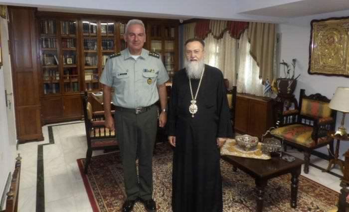 Επίσκεχη του Υποστράτηγου Νικόλαου Λάλου στον Μητροπολίτη Κορίνθου