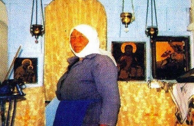 Η ιστορία της Κυράς της Ρήνειας: Η γυναίκα που ζούσε μόνη της επί 54 χρόνια σε ακατοίκητο νησί απέναντι απ' τη Μύκονο