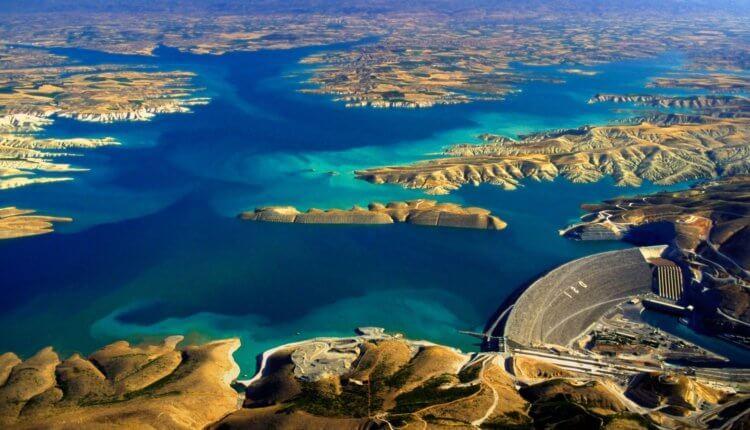 Βήμα βήμα η εκπλήρωση των προφητειών: Οι Τούρκοι κλείνουν τα νερά του Ευφράτη