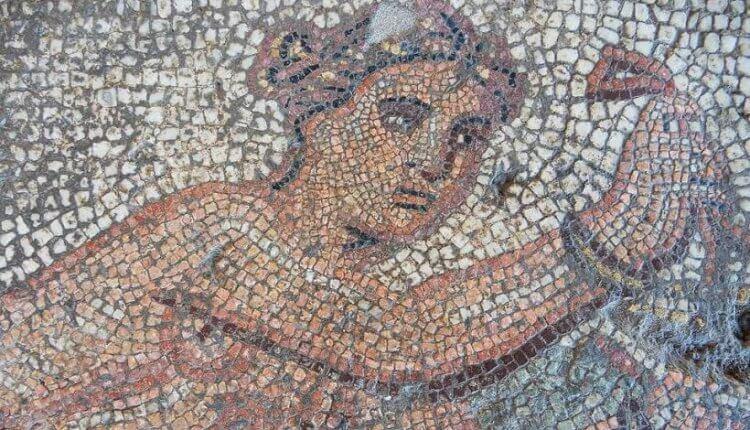 Εκπληκτικά ευρήματα στην «έπαυλη του Αλέξανδρου» στο Αμύνταιο