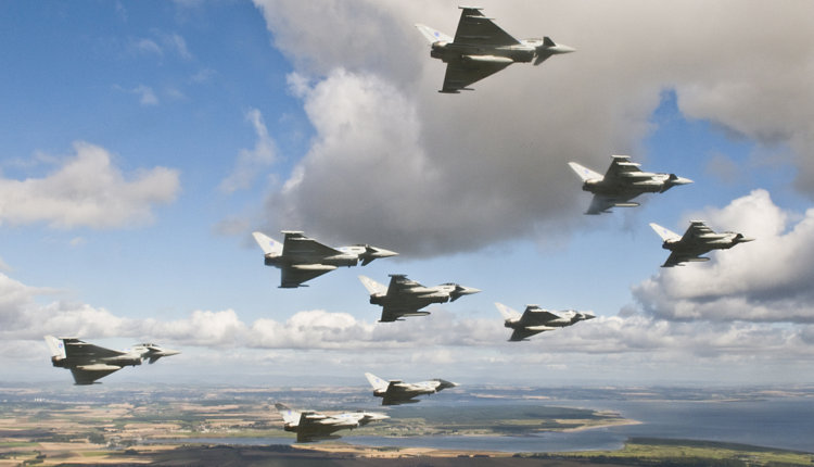 Ρωσία: «Δεν αποκλείουμε πόλεμο με ΗΠΑ» – Προσγειώνονται μαχητικά της RAF στην Κύπρο – Bίντεο