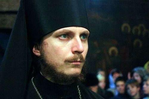 Στο κατώφλι ο πόλεμος;»: Συγκλονιστικός Ρώσος μοναχός για τα τύμπανα πολέμου