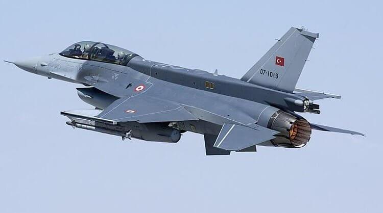Συναγερμός στο Αιγαίο: Υπερπτήσεις τουρκικών μαχητικών πάνω από ελληνικά νησιά