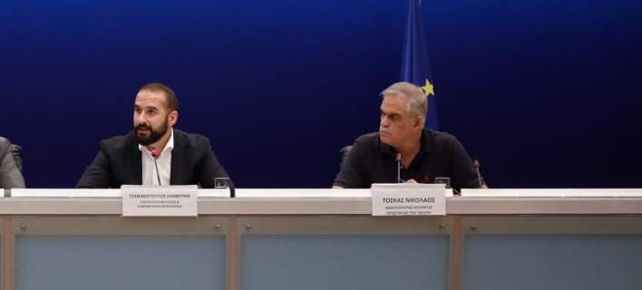 «Εχουμε ενδείξεις για εμπρησμό» – Συνέντευξη Τόσκα-Τζανακόπουλου, Αρχηγών ΕΛ.ΑΣ-ΠΥ για το ολοκαύτωμα