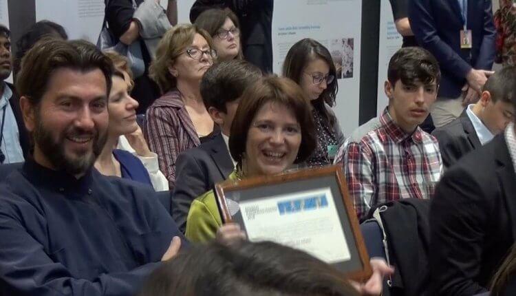 Βραβείο του «Ευρωπαίου Πολίτη» στον π. Αντώνιο και των παιδιών της «Κιβωτού του Κόσμου» (Video)