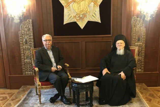 Συνάντηση με Γαβρόγλου και Βαρθολομαίο ζητάει ο ΙΣΚΕ
