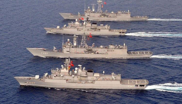 «Βγάζουν» τα όπλα οι Τούρκοι: «Η Ελλάδα παραβιάζει τη διεθνή νομοθεσία, θα επέμβουμε»
