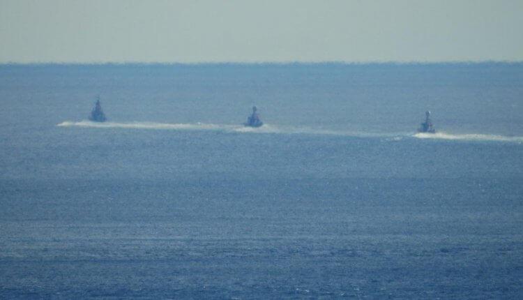 Ζεσταίνονται» τα νερά στα Στενά της Χίου: Συνεχείς διελεύσεις Τουρκικών πολεμικών πλοίων