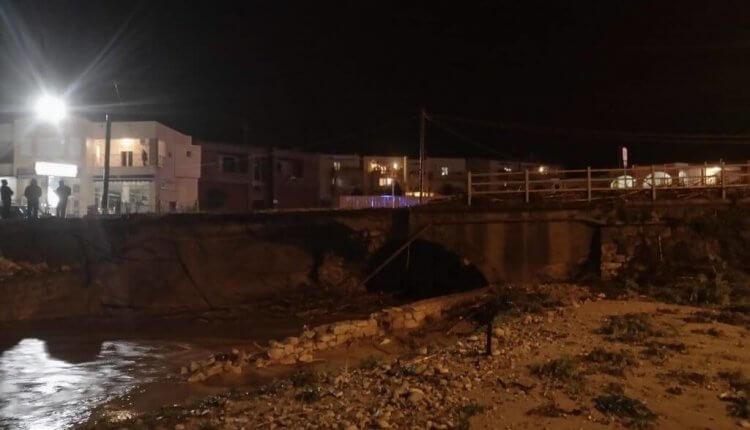 ΕΚΤΑΚΤΟ: Κατέρρευσε κι άλλη γέφυρα στην Κρήτη! «Κόπηκε» η παλιά Εθνική Οδός στο Ρέθυμνο
