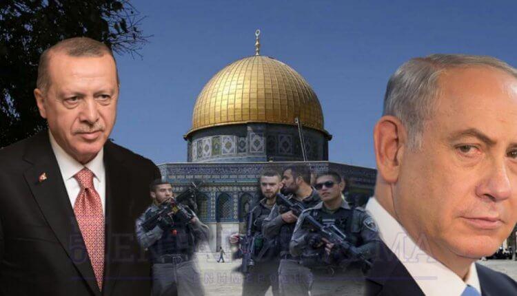 Οι Ισραηλινοί αποκαθηλώνουν τουρκικά σύμβολα στην Ανατολική Ιερουσαλήμ