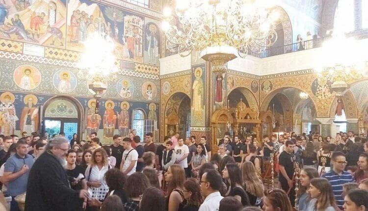 Παράκληση για τους υποψηφίους στον Άγιο Αχίλλιο στην Λάρισα