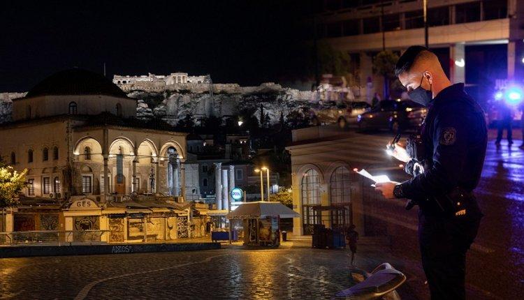 «Λουκέτο» για μια στις δυο επιχειρήσεις βλέπει ο Εμπορικός Σύλλογος Αθηνών