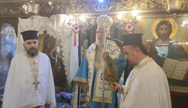 Σύρου Δωρόθεος Β' στην Παναγία Κανάλα για την Σύναξη των Δώδεκα Αποστόλων
