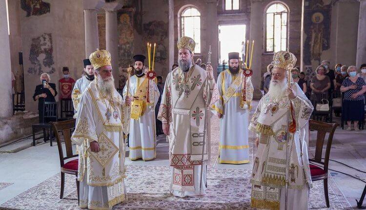 ΒΕΡΟΙΑ: Λαμπρή πανήγυρη για τους Πρωτοκορυφαίους Πέτρο και Παύλο