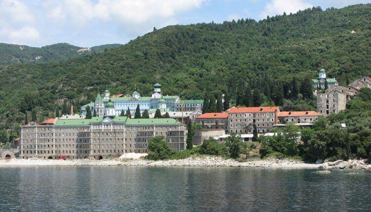 Το μοναστήρι του Αγίου Παντελεήμονος στο Άγιον Όρος