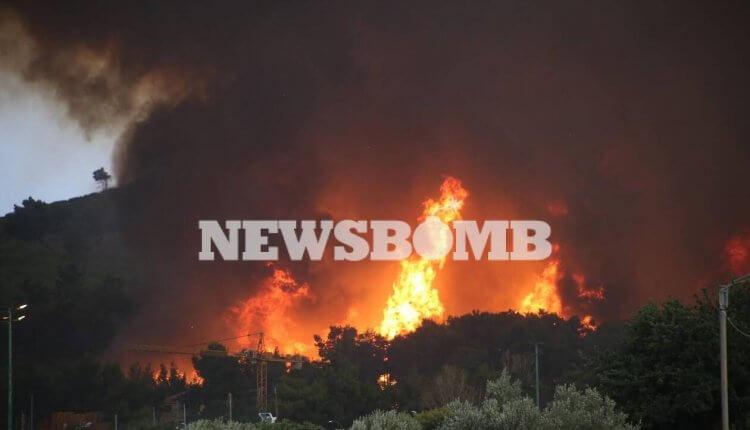 Φωτιά : Στην Εθνική Οδό οι φλόγες – Απειλούνται και τα διόδια