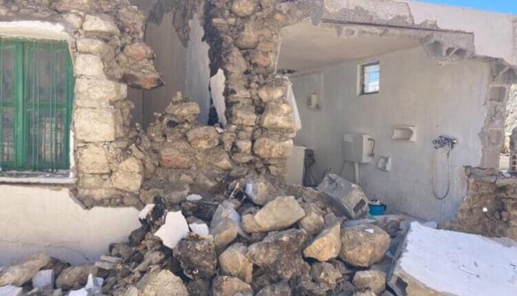 ΣΕΙΣΜΟΣ ΚΡΗΤΗ: Καταστράφηκε το σπίτι του παπα-Αντώνη στο Αρχοντικό – Τραυματίστηκε ο ίδιος